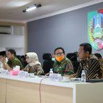 Didampingi Bupati, Kelapa Disdikbud Jombang Instruksikan Kebijakan Sesuai SE Mendikbud RI Darurat Covid-19