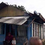 Hujan dan Angin Kencang di Lamongan, Puluhan Atap Rumah Mawut
