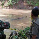 Warga Pagergunung Blitar Heboh Penemuan Mayat di Sungai Sebeng