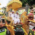 Gegara Corona, Gelaran Akbar Kirab Budaya Wali Songo di Gresik Ditunda