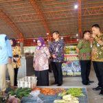 Bupati Jombang Sidak di Pasar Peterongan untuk Cek Harga Sembako