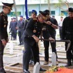 Pimpin Pemakaman Bharatu Doni di TMP Trenggalek, Kapolda : Abadikan untuk Nama Jalan