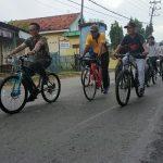 Jumat Berbaur, Bupati-Wabup Gowes Bersama Komunitas Ontel Pamekasan