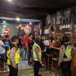 Tangkal Corona, Polres Mojokerto Amankan Puluhan Orang di Kafe