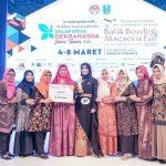 Pakai Batik Podhek Pamekasan, Bunda Nayla Tamam Berprestasi di Jatim
