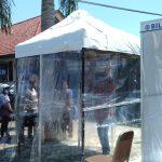 Tangkal Corona, Samsat Surabaya Utara Wajibkan Pemohon Masuk Bilik Disinfektan