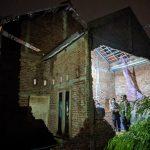 Sekeluarga di Mojokerto Tertimpa Tembok Rumah, Satu Orang Tewas