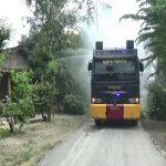 Semprotkan Disinfektan, Water Canon Polres Nganjuk Blusukan ke Pelosok Desa