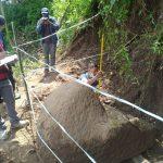 Warga di Mojokerto Temukan Tangga Kuno, BPCB Menduga Bagian Candi yang Terpendam