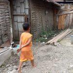 Diduga Tak Sesuai RAB, Pengerjaan Belasan MCK di Jombang Dipertanyakan