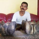 Menggali Kolam Lele, Warga Puri Mojokerto Temukan Dua Pot Bunga Berkilau