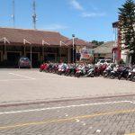 Razia Balap Liar, Hampir 200 Sepeda Motor Dikandangkan di Mapolresta Lama Sidoarjo