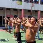 Tangkal Persebaran Corona, Napi di Mojokerto Berjemur dalam Penjara