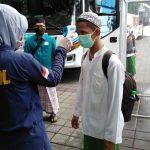 Tiba di Sidoarjo, Ratusan Santri Sidogiri Menjalani Cek Kesehatan