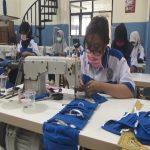 Tangkal Corona, Nganjuk Bergerak Produksi Ribuan Masker Dibagi Gratis