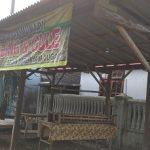 Disperindag Lumajang Beri Sembako bagi Ratusan PKL Terdampak Covid-19