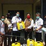 Bakorwil V Jember Bantu APD dan Alat Semprot ke Bakesbangpol Situbondo