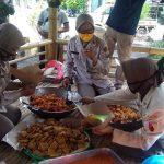 Bagikan Nasi Bungkus ke Warga Terdampak Covid-19, TNI Polri dan Pemkot Probolinggo Bikin Dapur Umum