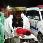 Tamu Hotel di Mojokerto Diduga Keracunan, Petugas Evakuasi Pakai APD Lengkap