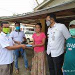 Tangkal Corona, Pemdes di Jombang Bagi Ribuan Masker Gratis ke Warganya