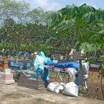 Meninggal di Ponorogo, Jasad Sales Dimakamkan dengan Protap Covid-19 di Nganjuk