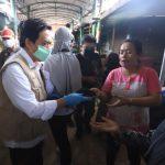Tangkal Corona, Pemkab Sidoarjo Gencar Bagi Masker Gratis