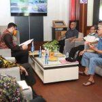 Datangi Wali Kota Probolinggo, Pedagang Pasar Baru Minta TPS Dibongkar