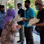 Pemkab Jombang, PWI dan AMSI Berikan Bansos kepada Jurnalis dan Warga Terdampak Covid-19
