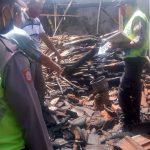 Lupa Matikan Tungku, Gudang Kayu di Trenggalek Hangus Terbakar