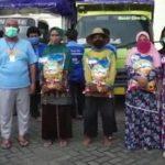 Yayasan Al-Mustaqillah Gresik Tebar 100 Ton Beras ke Warga Terdampak Corona