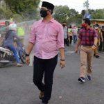 Plt Walikota Pantau <em>Physical Distancing</em> di Alun-Alun Kota Pasuruan