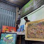 Peduli Covid-19 Pekerja Seni Mojokerto Melelang Lukisan