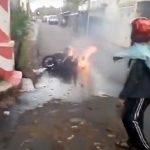Video: Detik-Detik Motor Terbakar di Jember