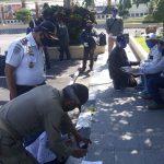 Pulang Dari AlJazair, 19 TKI Asal Blitar Dinyatakan Sehat