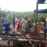 Bakar Sampah, Kandang Puyuh di Blitar Terbakar