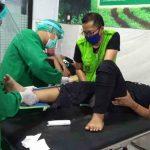 Terobos Lampu Merah di Jombang, Honda Ulung Tanpa Nopol Tabrak Supra, 4 Luka