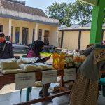 Covid-19, Hindari Penimbunan Sembako, Pemkab Mojokerto Gelar Operasi Pasar