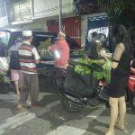 Covid-19, Banyak Pasar di Jember Tutup, Pedagang Sembako Jualan di Tepi Jalan