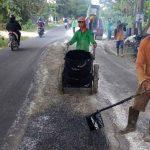 Pasca Banjir, Perbaikan Ruas Jalan di Lamongan Mulai Dikerjakan