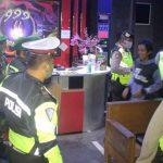 Razia Gabungan, Polres Blitar Kota Temukan Kafe dan Karaoke Beroperasi