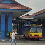 Imbas PSBB, Puluhan Bus Mini di Mojokerto Hentikan Operasi karena Sepi Penumpang