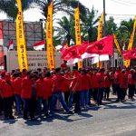 Ratusan Massa PDIP Blitar Geruduk Polres, Dorong Usut Pembakaran Bendera Partai