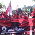 Gegara Bendera Partai Dibakar, Ratusan Kader PDIP Nganjuk Geruduk Mapolres