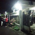 Mayat Perempuan Tengah Baya Ditemukan Duduk Tertelungkup Dalam Rumah di Jember