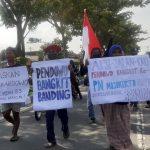 Gugatan Ditolak, Massa Pendowo Bangkit Mojokerto Banding Ke PN Aksi Jalan Kaki