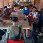 Dewan Tuding Satpol PP Pamekasan Bekingi PSK dan Penyanyi di Sejumlah Kasus Hiburan