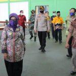 Bupati Jombang Siapkan Gedung Tenis Indoor untuk Ruang Isolasi