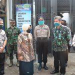 Tangkal Covid-19, Pemkab Jombang Terapkan Sistem Berjualan Ganjil Genap di Pasar Peterongan