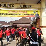Tegaskan Bukan Partai Komunis dan Atheis, PDI Perjuangan Jember Ngeluruk Mapolres