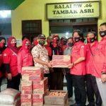 Baguna DPC PDI-P Salurkan Bantuan untuk Korban Kebakaran Morokrembangan Surabaya